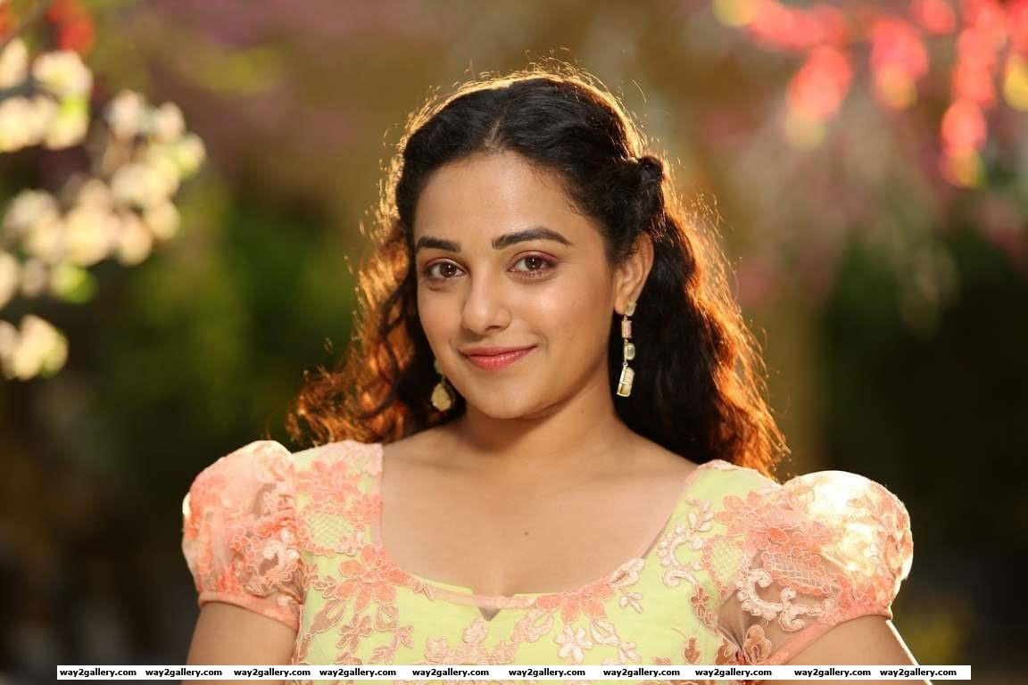 This actress and singer works slightly away from the mainstream but theres no denying her popularityNithya Menen who impressed in her very first Telugu film Ala Modalaindi had earlier worked in Malaya