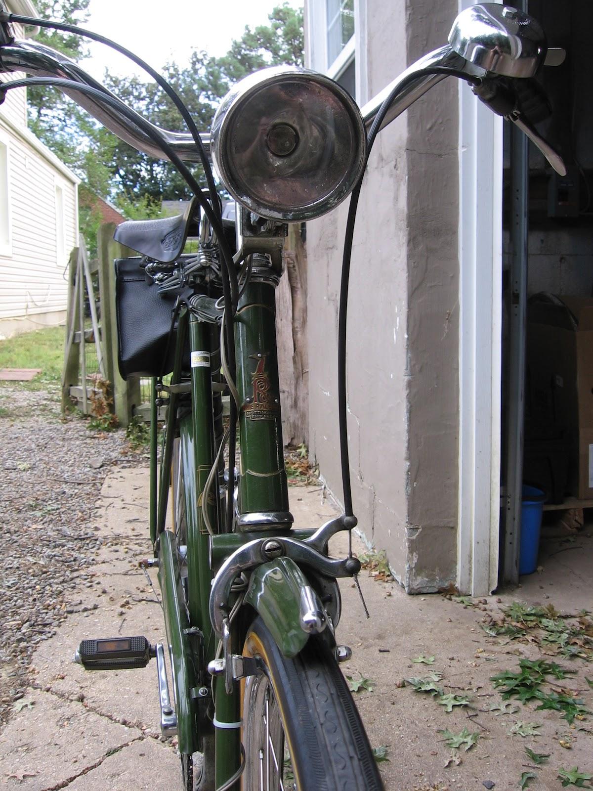 V bike shoe and shoe brake rod vintage retro bike