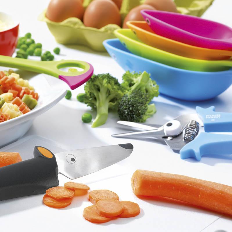 les ateliers gourmands kinderkitchen des ustensiles de cuisine pour enfants. Black Bedroom Furniture Sets. Home Design Ideas