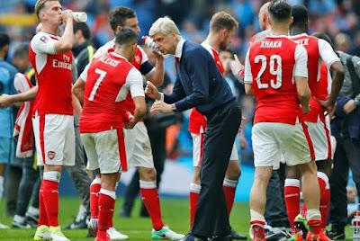 Pemain Arsenal Ingin Persembahkan Gelar FA untuk Wenger !!