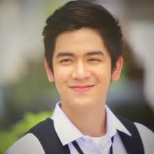 What is the height of Joshua Garcia?
