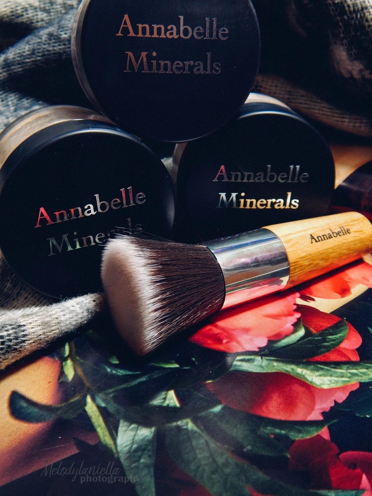 annabelle minerals kosmetyki mineralne zestaw matujący korektor podkład róż gratis pędzel jak używać kosmetyków mineralnych recenzja melodylaniella annabelle