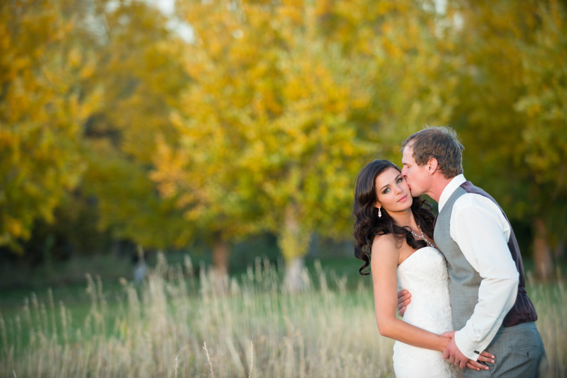 Photography: Amelia Anne Photography / Venue: Le Petit Chateau, Bozeman, MT / Makeup: Alexa Mae / Flowers: Budget Bouquet