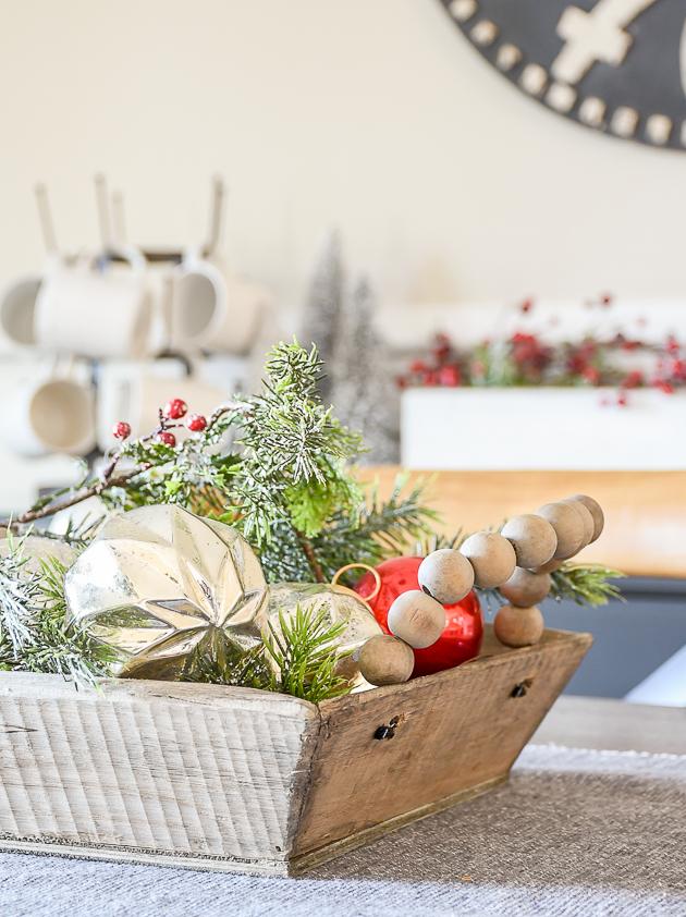 Christmas home tour, christmas, modern farmhouse, holiday home , Classic christmas, Christmas tree, dining room