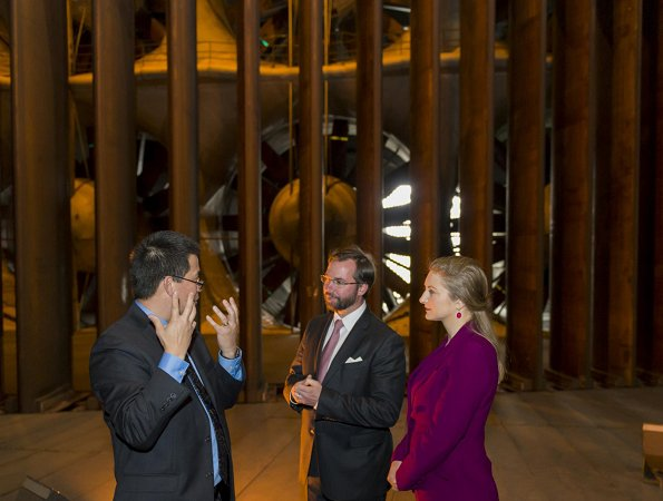 Hereditary Grand Duke Guillaume and Hereditary Grand Duchess Stéphanie, and Minister of Economy of Luxembourg, Etienne Schneider and a delegation of economy visited NASA's Ames Research Center