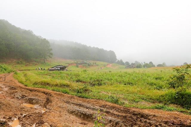 Cung đường Tà Năng - Phan Dũng có gì khiến phượt thủ mạo hiểm?