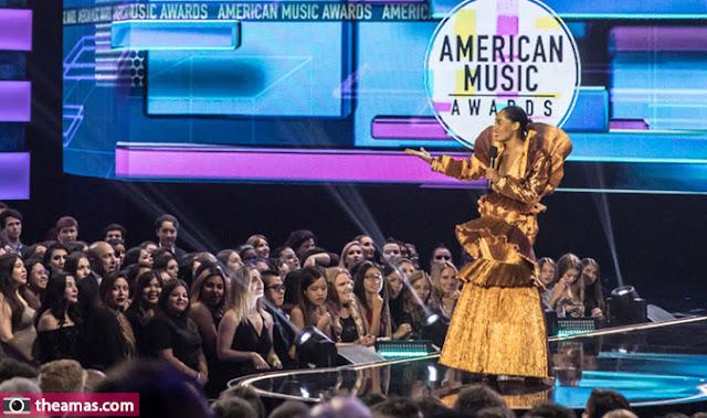 قائمة الفائزين بجوائز الموسيقى الأمريكية لعام American Music Awards Winners 2018 !