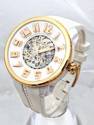 斬新なデザイン性で注目を集めるスイスの腕時計ブランド「Tendence(テンデンス)」   ウォッチ 腕時計 テンデンス TENDENCE  ラグジュアリー プレゼント 人気 ブランド ファッション誌 キングドーム ファッション おしゃれ 可愛い クレイジー カラフル De'Color ディカラー Gulliver Round ガリバーラウンド ALUTECH Gulliver アルテックガリバー FLASH フラッシュ 新作 雑誌掲載 機械式 オートマチック オートマ 自動巻き SPORT スポーツ