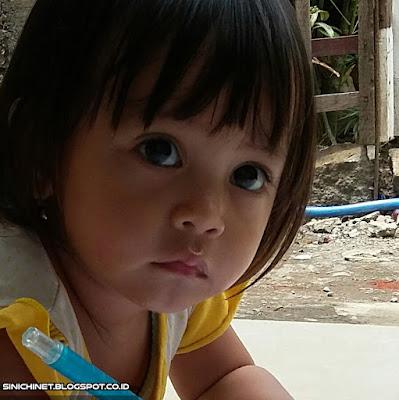 foto bayi imut, bayi lucu, bayi cantik, bayi ngegemesin, ekspresi si kecil, balita, batita, 4 bulan, 7 bulan, 1 tahun, 2 tahun, aiko maryam azzahra, bayi cewek, putri, daughter, family, keluarga, foto bayi lucu,foto bayi lucu dan imut,foto anak bayi lucu,foto bayi lucu berjilbab,foto bayi kembar lucu,foto bayi perempuan lucu