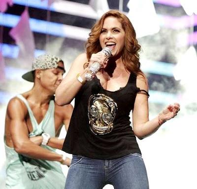 Foto de Lucero en el escenario