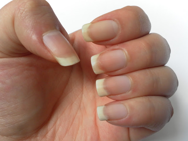 A picture of naturally long nails