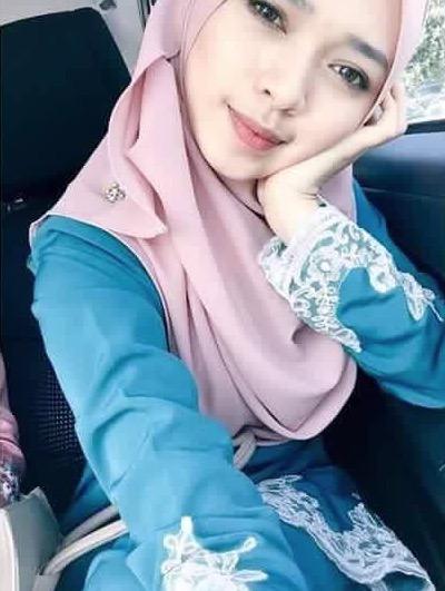 Cikgu Melayu Cantik