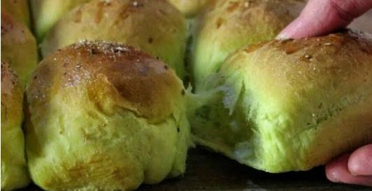 Σούπερ Αφράτα Πρωτότυπα Τυροψωμάκια! - Super Fluffy Spinach & Feta Buns