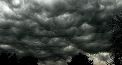 800px-Storm_clouds.jpg