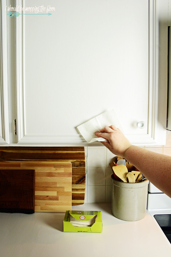 Spring Clean the Kitchen in Ten Easy Steps | Tips & tricks to get the hardest part of spring cleaning (the kitchen) over and done efficiently and quickly.