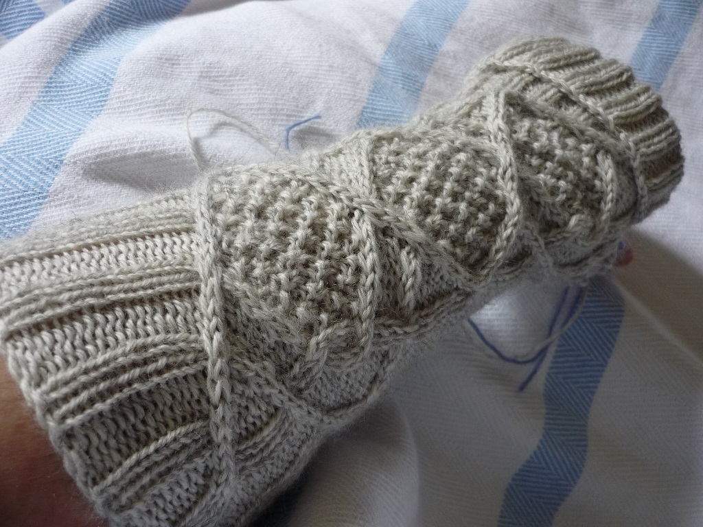 Abso-knitting-lutely!: Such a Slow Knitter