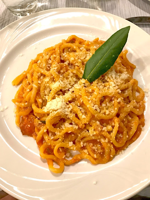 Bucatini all'amatriciana with pasta made from scratch