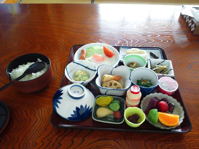 志羅山旅館の朝食