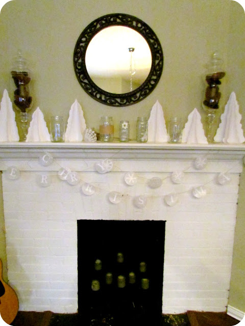 White Christmas Mantle, Natural Christmas Mantle