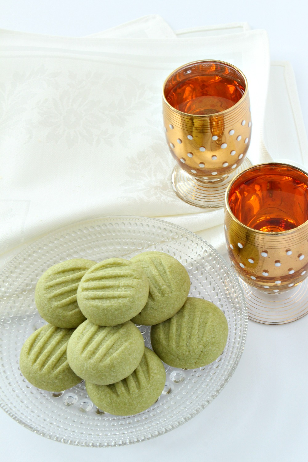 Naturally Green Shortbread Cookies