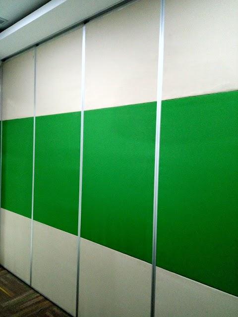 Partisi Movable Wall Untuk Sekat Ruangan Sempit.