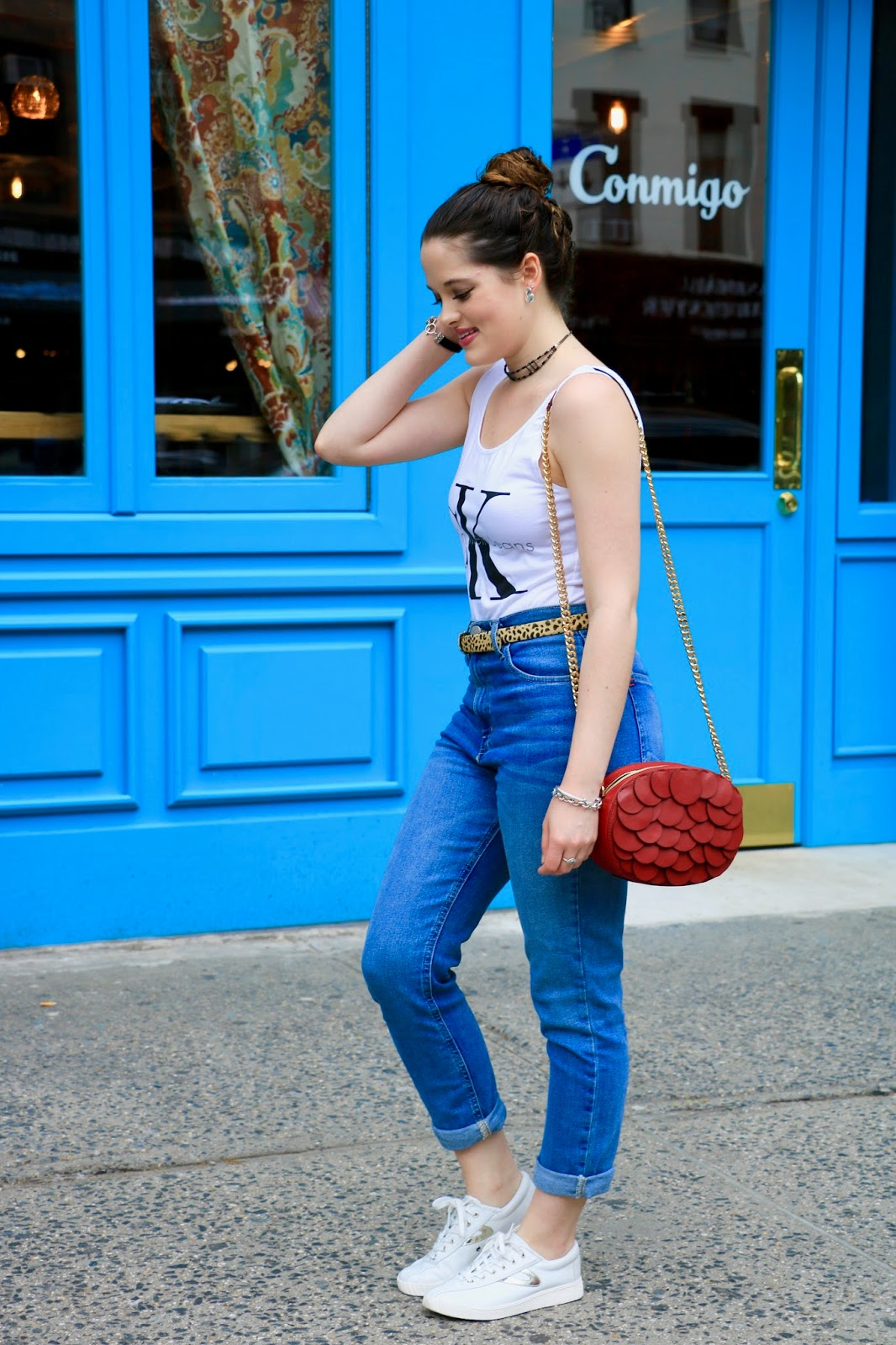 NYC fashion blogger Kathleen Harper wearing spring street style