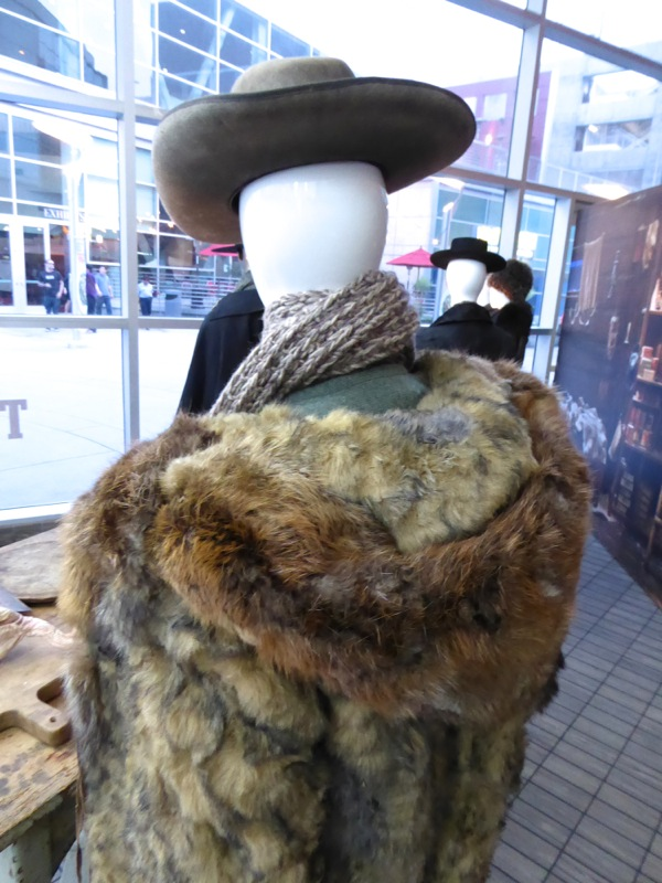 Hateful Eight Bob Mexican costume