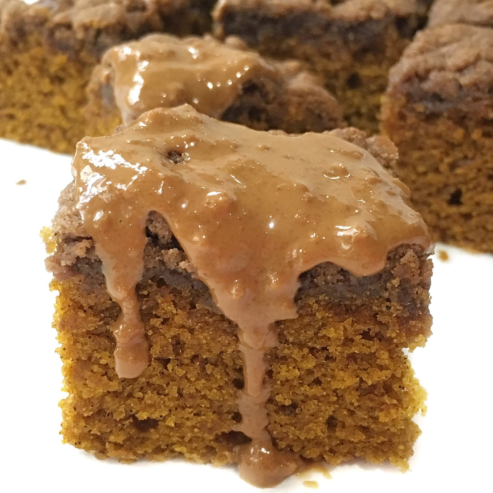 Pumpkin Spice Bars with Speculoos
