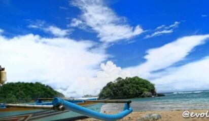 Foto Pantai Kondang Merak Malang Yang Penuh Pesona