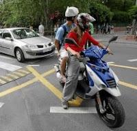 Codice della Strada 2015 e assicurazione scooter: viaggiare in due in motorino