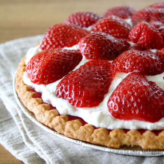 Blessed Beyond Measure: Fresh Strawberry Pie