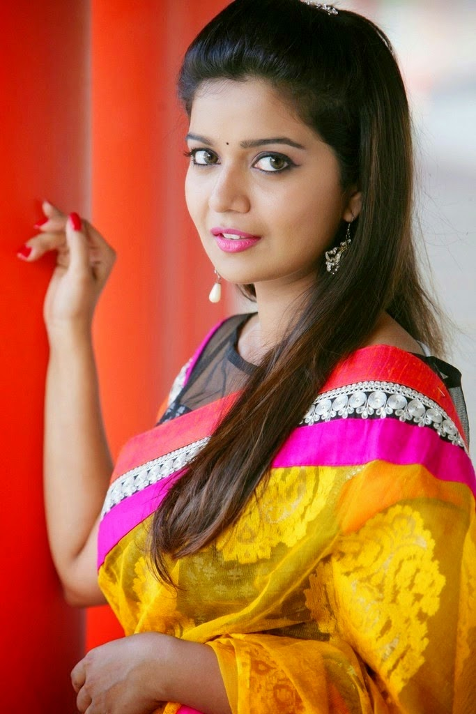 Swati Reddy Beautiful HD Wallpaper Free