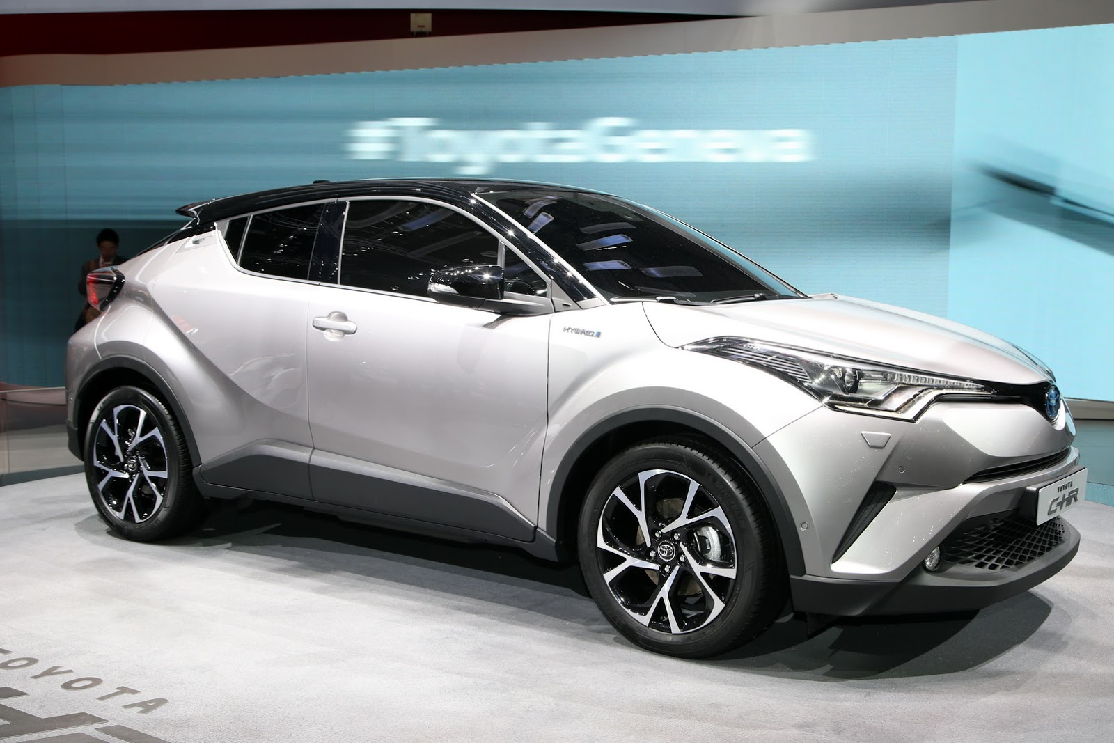 new toyota c hr gets 1 2l turbo 2 0l and 1 8l hybrid powertrains new pics. Black Bedroom Furniture Sets. Home Design Ideas