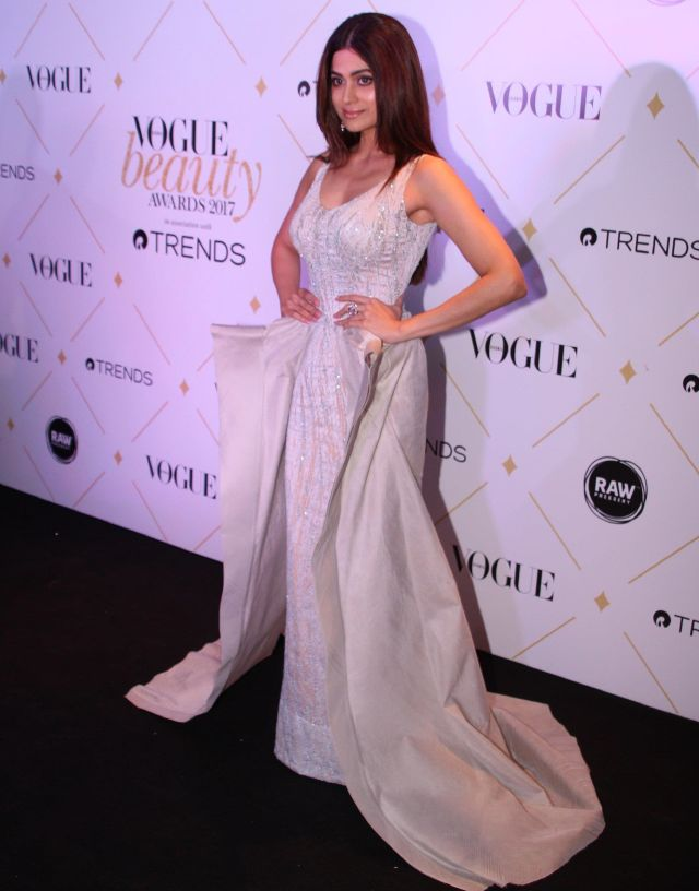 Shamita Shetty At 2017 Vogue Beauty Awards In White Dress