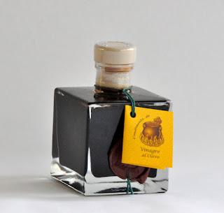 un auténtico vinagre artesanal como recuerdo de boda para los invitados