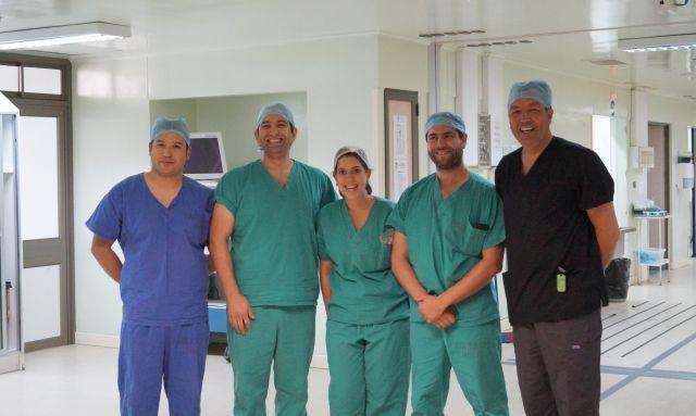 Equipo de urólogos del Hospital Base San José Osorno.