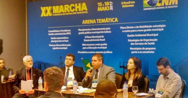 Marcel representa prefeitos da Amocentro em Brasília