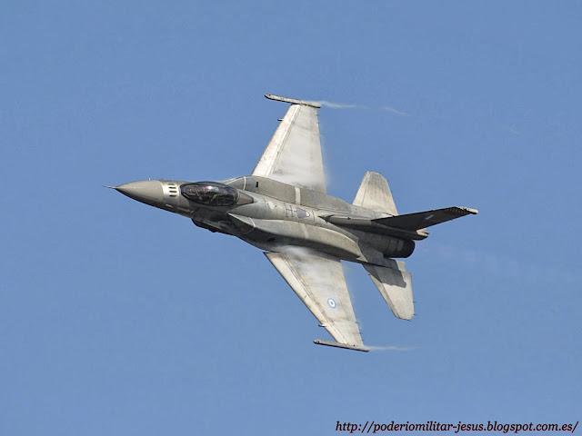 Lockheed Martin F-16 Fighting Falcon   ( caza polivalente monomotor USA ) - Página 5 F-16C_block_52%252B_fighter_jet%252C_Hellenic_Air_Force_%2528November_2010%2529