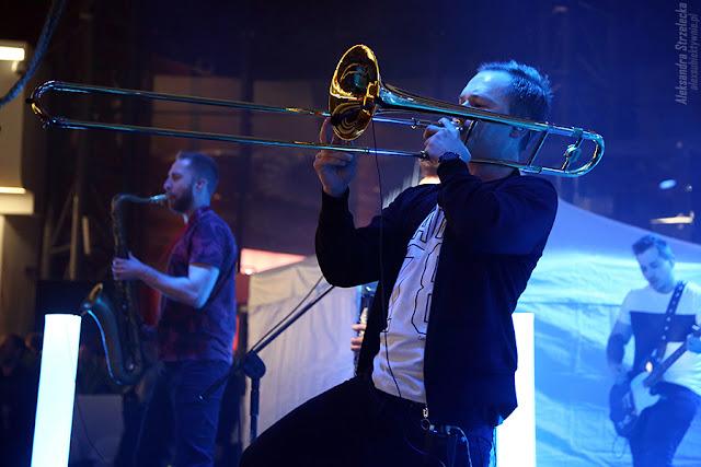 Enej - koncert - Kuba Czaplejewicz (Czaplay) - puzon