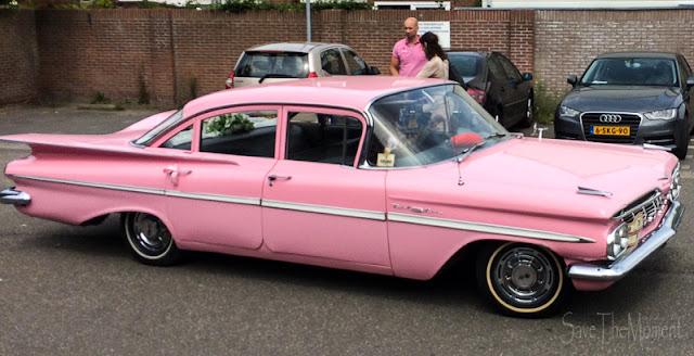 pink Cadillac Oldtimer