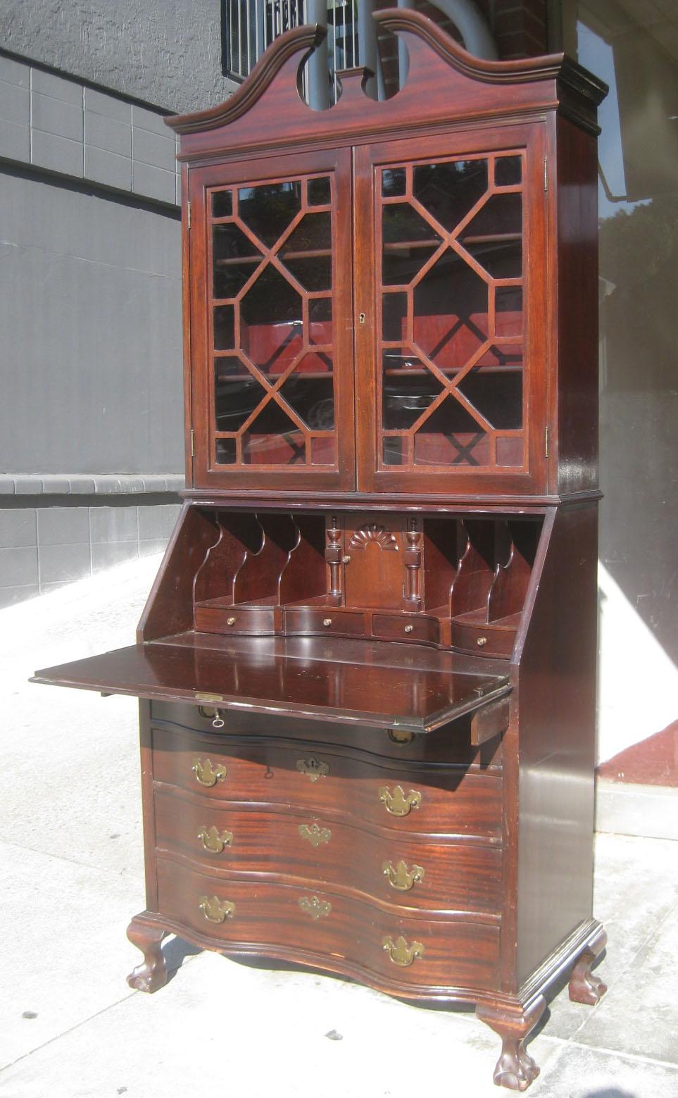 Uhuru Furniture Amp Collectibles Sold Mahogany Secretary