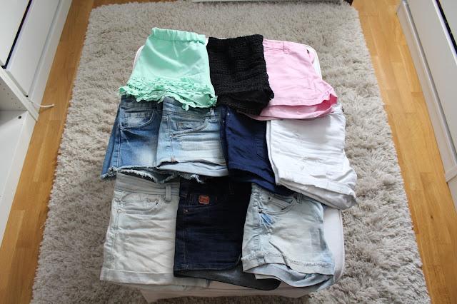 tendencia-shost-pantalones-modelo-chica-piernmas-legs