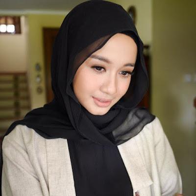 hijab fashion  Ala Laudya Cintya Bella