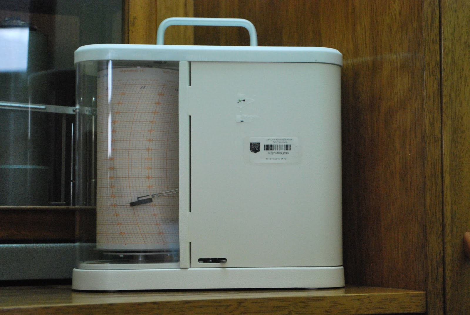 Microbarógrafo