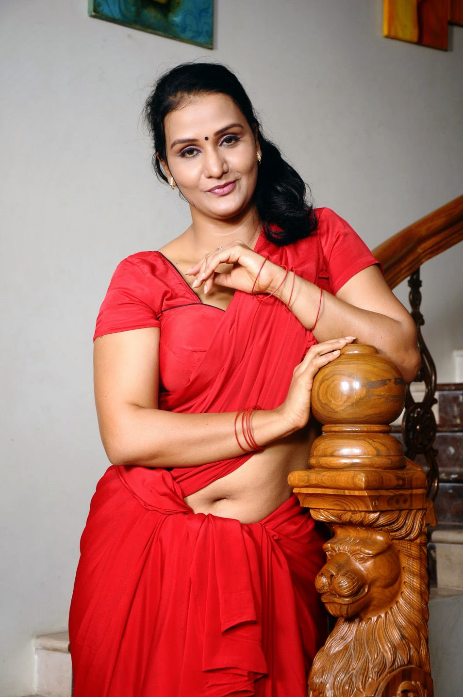 mallu aunties navel images