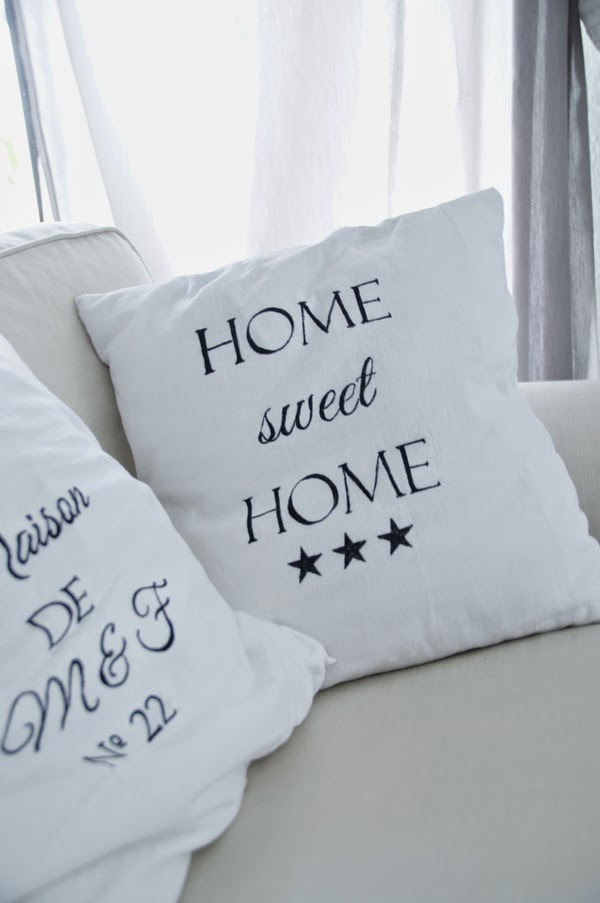 spoon and key food blog do it yourself vintage kissen mit schrift. Black Bedroom Furniture Sets. Home Design Ideas