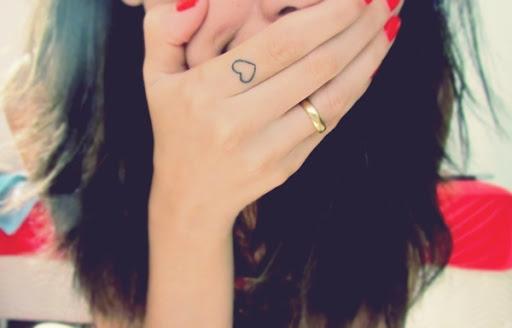 Coração bonito Dedo Desenho de Tatuagem para as Meninas bonitas