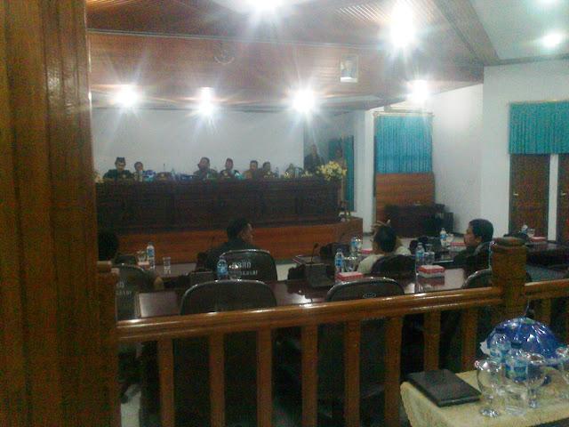 Legislator PAN, PDI.P ,Dan DEMOKRAT ,Selayar ,Tidak Hadiri Paripurna Istimewa