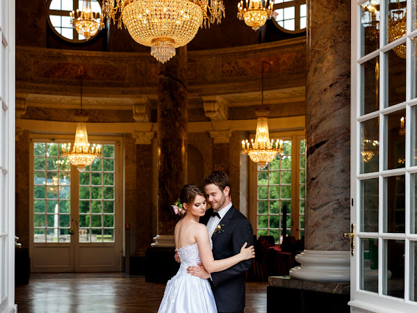 Inspirationen für Brautpaar Fotosession im Schloss Biebrich