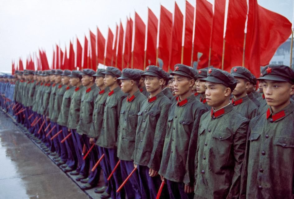Amazing Color Photographs of Daily Life in China in the ...